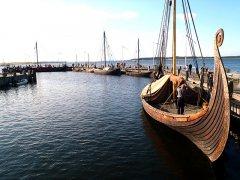 HelgeAsk-sommertogt15-LarsRoennow768.jpg